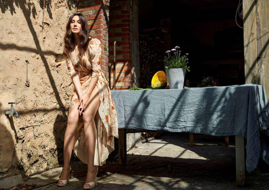 Моника Белуччи готовит спагетти в съемке Madame Figaro и говорит о материнстве (фото 4)